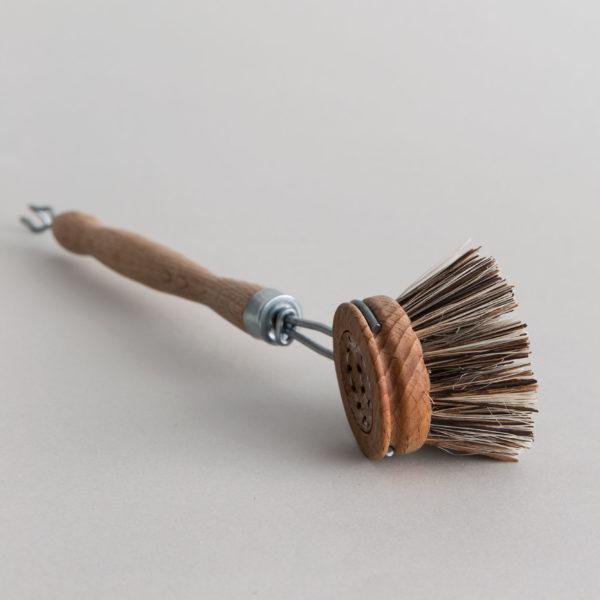 Handgemachte Spülbürste aus Holz